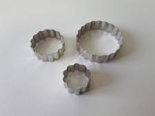 Форма кондитерська метал із 3-х  Гвоздика  VT6-17186(200шт)