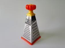 Тёрка  Пирамида нерж+пластм 4-х гр 9 (23см)VT6-20022(120шт)